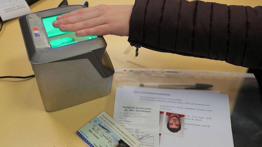 demande de carte d identité biométrique VIDÉO   Carte d'identité biométrique : tout savoir sur les