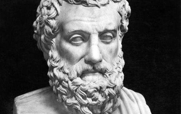 Dans la tragédie grecque – dont Sophocle (ci-dessus représenté) est l'un des principaux auteurs – on distinguait déjà les protagonistes des chœurs, et les scènes parlées des passages chantés.