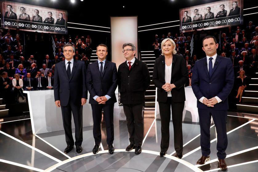 De gauche à droite : François Fillon, Emmanuel Macron, Jean-Luc Mélenchon, Marinne Le Pen, Benoit Hamon