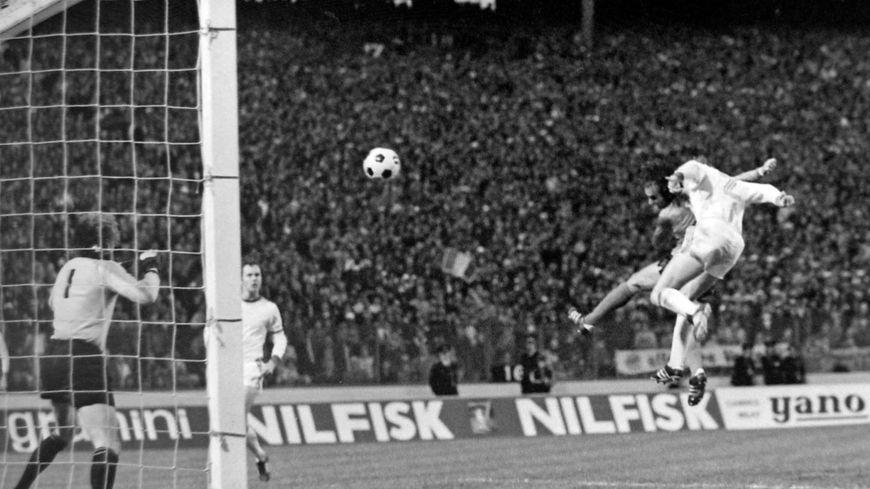 Christian Sarramagna, ancien membre de l'épopée des Verts en Coupe d'Europe en 1976, va réunir ses coéquipiers de l'époque pour une cause qui lui est chère