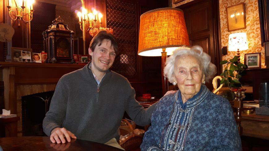 Philippe Colin et sa grand mère Micheline de Mérode