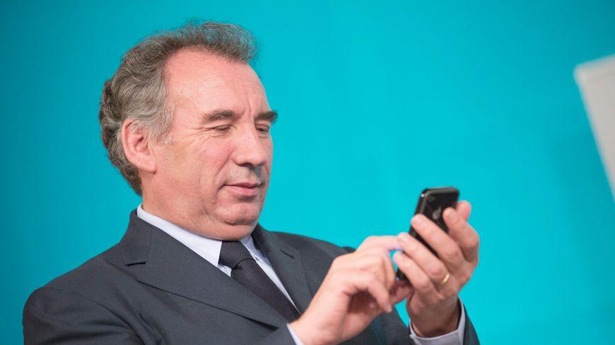 François Bayrou avait perdu son téléphone portable dans un taxi