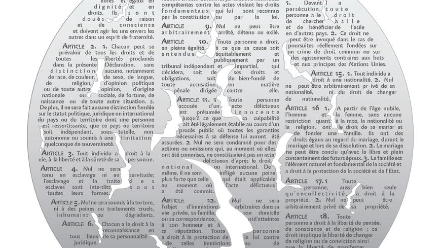 Un immense disque de 2 mètres 50 de diamètre avec les articles de la déclaration des droits de l'Homme