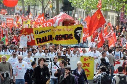 Les salariés de Fralib dans la manifestation contre l'austérité en mai 2013