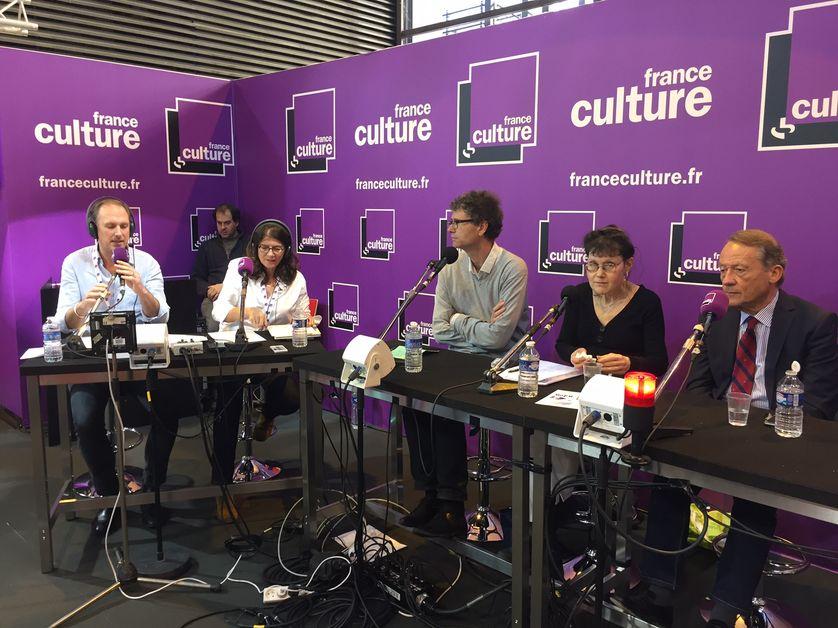 Christian le Bart, Cynthia Liebow, Jean-Luc Barré, aux côtés d'Ariane Chemin et Vincent Martigny