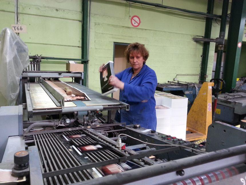 Muriel Carlier, plieuse depuis 20 ans chez les Façonnables