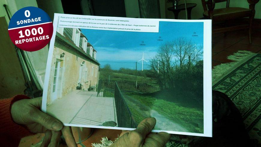 Hélène et Jacques de Brémond d'Ars, propriétaires d'un gite à Bouesse, ont fait des montages pour visualiser les éoliennes.