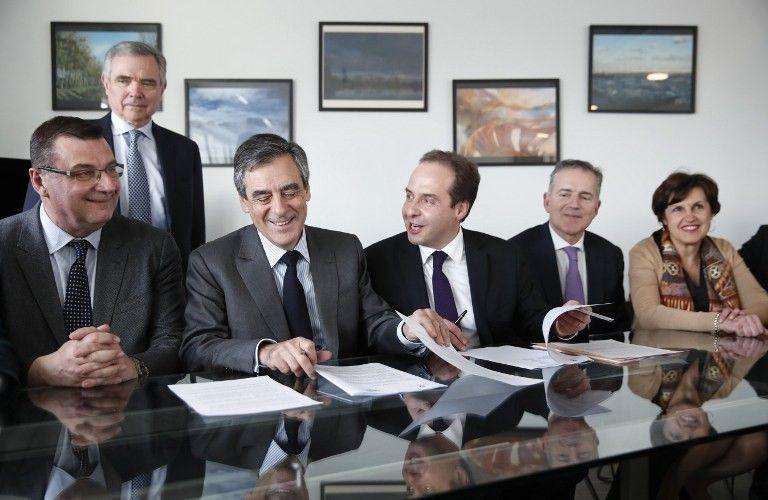 Quelques heures après sa mise en examen, François Fillon signe un accord avec les centristes de l'UDI