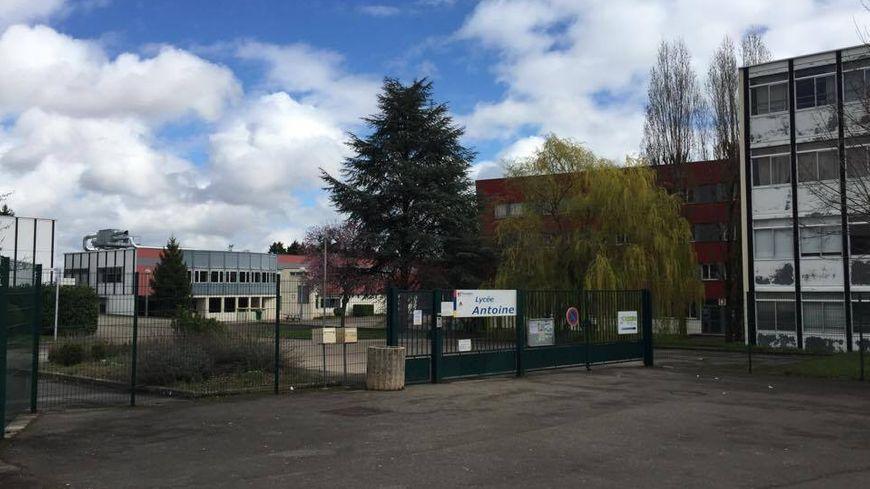 Le lycée professionnel Antoine, à Chenôve.
