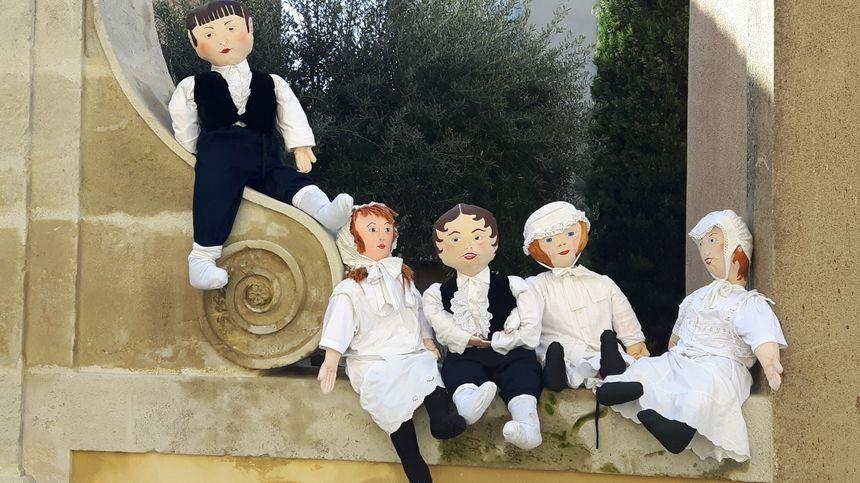 Le groupe d'enfants du village