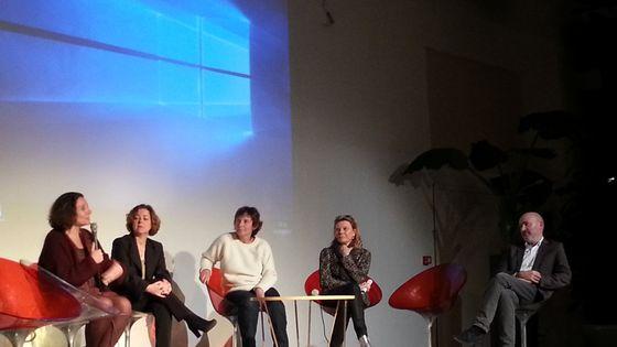 """Marianne Blayau, Claudia Kespy-yahi ,Béatrice Sauvageot, Dominique Lemonnier alias Solrey et Hervé Platel lors de la soirée """"Avec la musique, dès l'âge de trois mois, tous égaux !"""" du mouvement En marche !"""