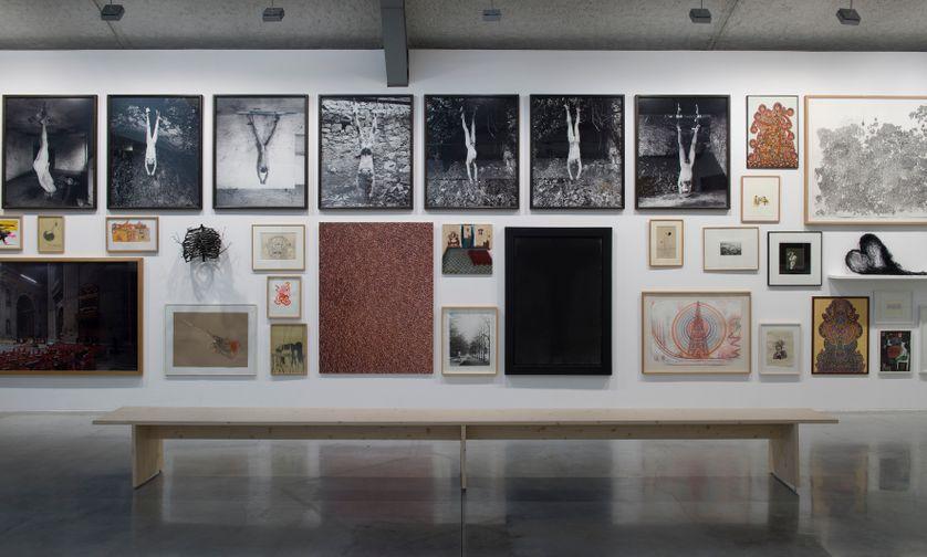 œuvres de la Exposition Le Mur, du 14 juin au 21 septembre 2014 présentée à la Maison rouge, œuvres de la collection d'Antoine de Galbert