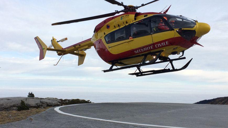 Les secours sont partis en hélicoptère mais les conditions météo étaient trop mauvaises