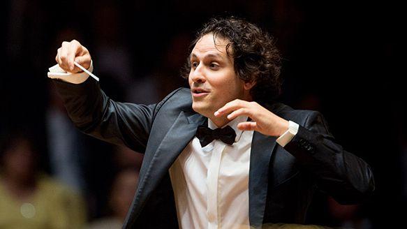 Alexandre Bloch, nouveau directeur de l' Orchestre National de Lille vient présenter la saison 2017-2018