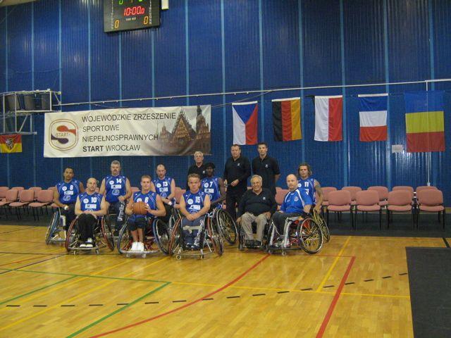 Les basketteurs de l'ASHPA rencontrent même l'élite du basket polonais