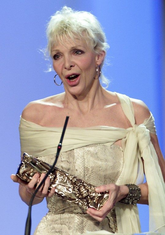 """La réalisatrice Tonie Marshall est la seule femme, en 2000, à recevoir le César du """"meilleur réalisateur"""" pour son film """"Vénus Beauté (Institut)"""""""