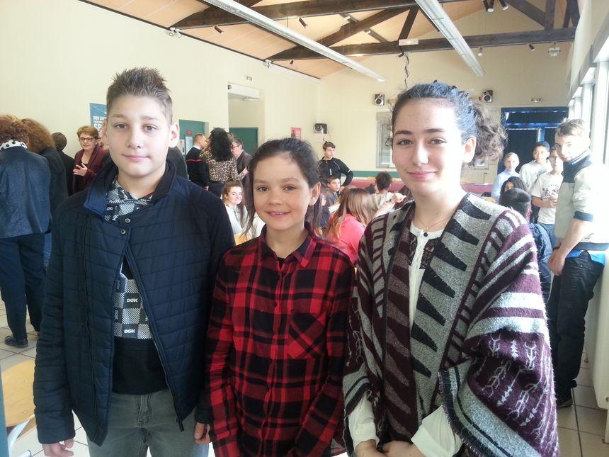 Cadets Louca, Romane et Louisa, trois collegiens volontaires pour devenir cadets de la sécurité civile