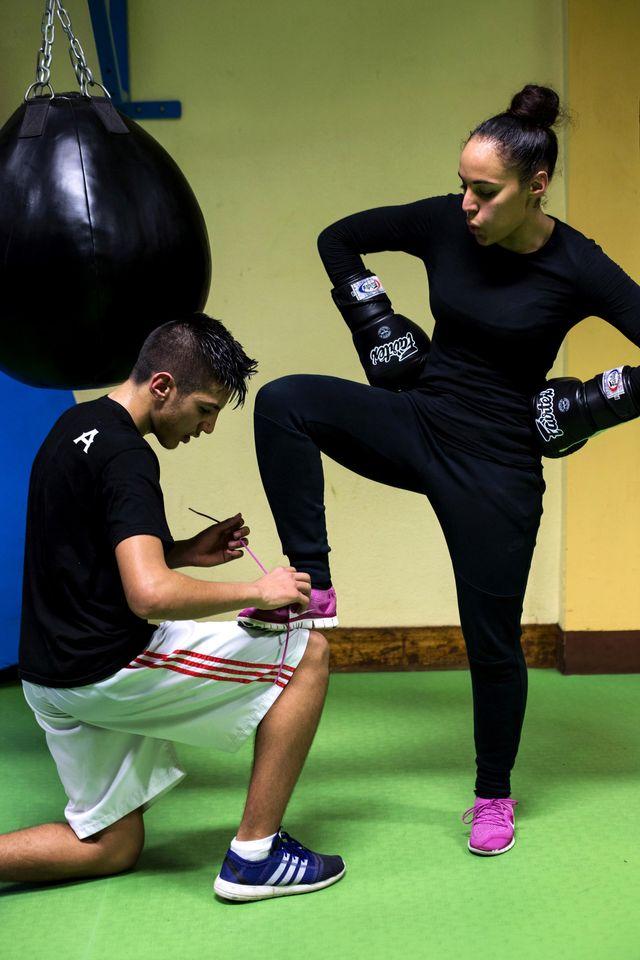 Ishak et Khalissa au club de boxe de Corbeil-Essonnes.