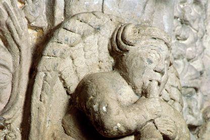 Ange musicien de la chapelle Rosslyn, en Ecosse (~1446).