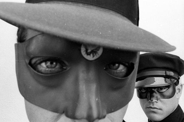 """Van Williams et Bruce Lee pour la série """"le Frelon Vert"""" - juin 1966"""