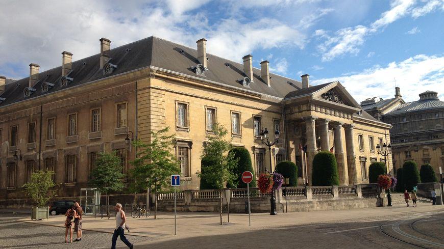 Le palais de justice de Reims