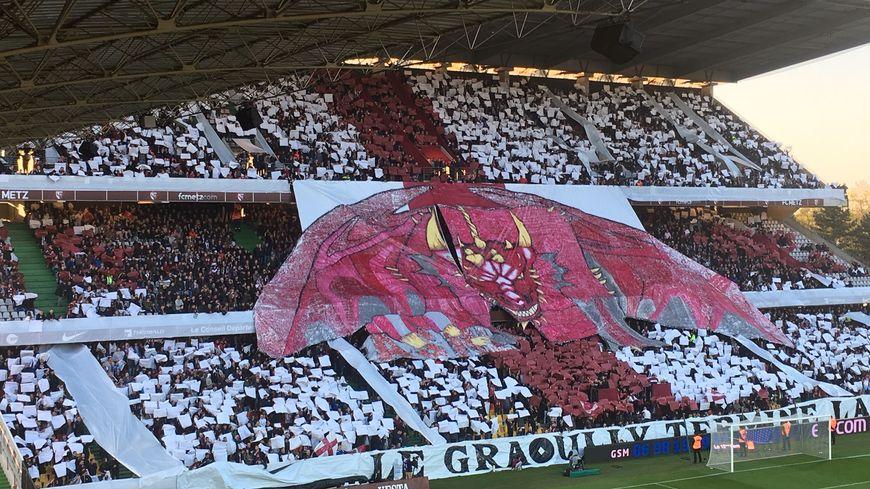 Les supporters du FC Metz avaient sorti un tifo majestueux pour ce derbylor.