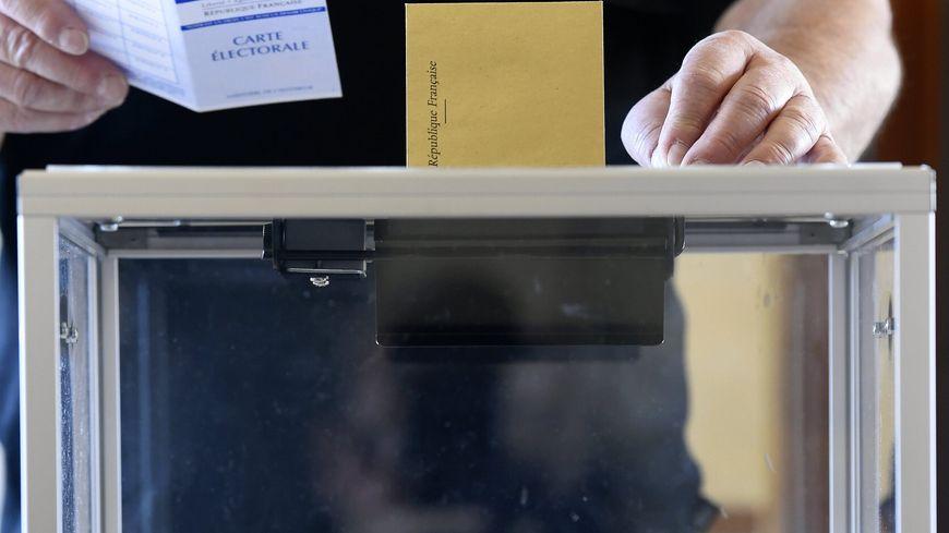 L'abstention au second tour de l'élection présidentielle pourrait battre des records dimanche.