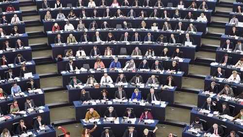 Nationalismes et populismes : l'autre visage de l'Europe (3/4) : Le Parlement Européen : le grand machin supranational