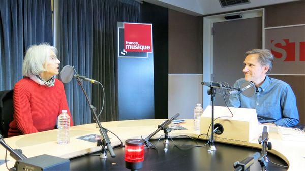 France Musique, studio 131, sur le vif !... L'auteure Donna Leon & Le producteur Philippe Venturini (de g. à d.)