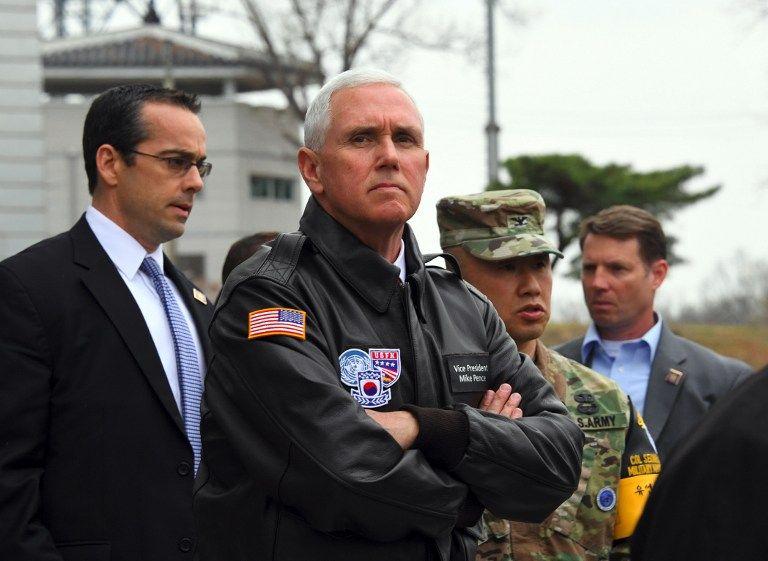 Le vice-président américain Mike Pence en visite dans la DMZ - zone démilitarisée, entre les deux Corées, le 17 avril 2017