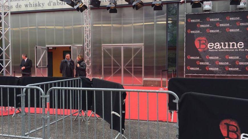 Le fameux tapis rouge du 9e festival international du film policier de Beaune