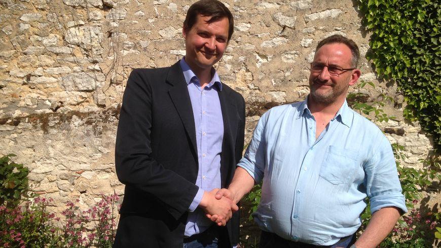 Alphonse Proffit (à gauche) et son suppléant Jean-Christophe Cicéron, candidats citoyens dans le Gâtinais.