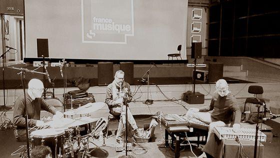 Roger Turner, Xavier Charles et Thomas Lehn en balance au studio 106