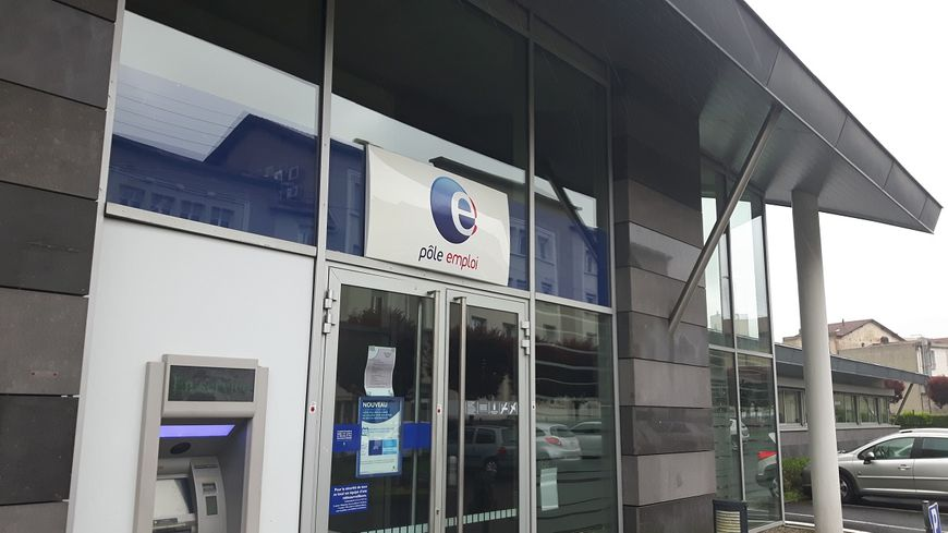 La principale agence Pôle emploi à Clermont-Ferrand, rue du Pré la Reine