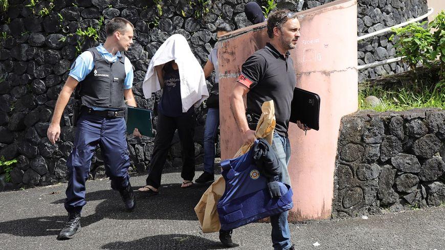 L'homme qui a tiré sur des policiers lors de son arrestation a finalement été interpellé par les forces de l'ordre.