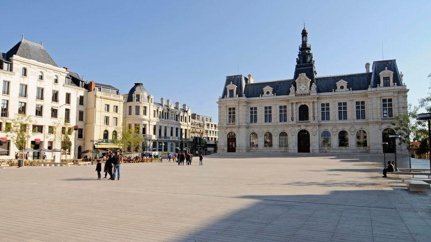 Comment a t-on voté à Poitiers pour ce premier tour de la présidentielle 2017 ?