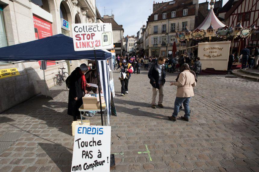 Une manifestation du collectif Stop Linky 21 à Dijon