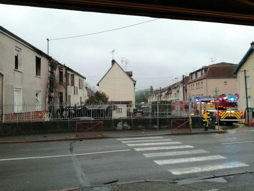 Incendie, vu de la route d'Audincourt