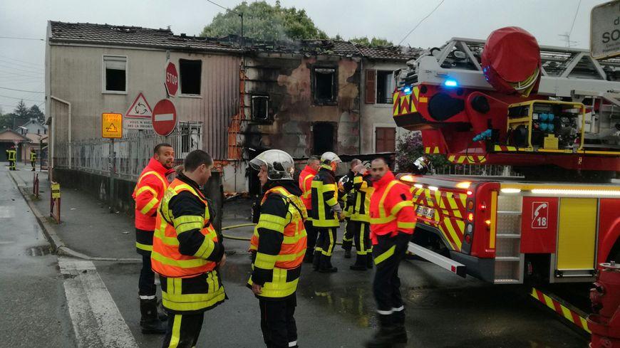 Une maison jumelée en feu à Audincourt