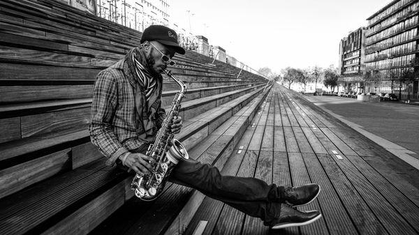 L'actualité du jazz : Jowee Omicil, voyage en pays de fête