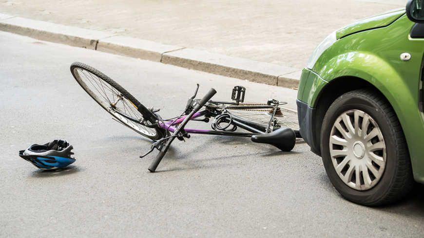 accident mortel pour un cycliste saint tienne. Black Bedroom Furniture Sets. Home Design Ideas