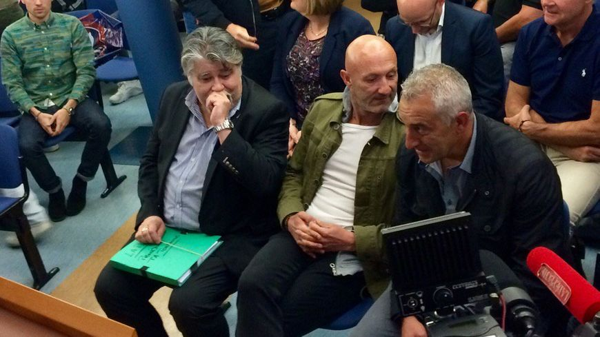 Jérôme Ducros le président du LAP et Fabien Barthez à l'audience du tribunal administratif de Toulouse
