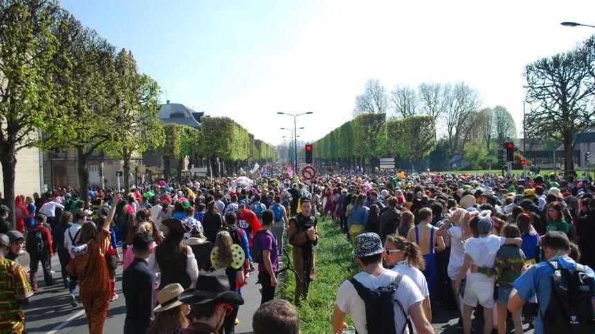 La 20e édition du Carnaval étudiant de Caen a réuni 30 000 participants