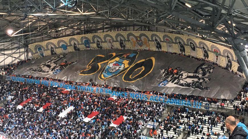 Le tifo des South Winners, en virage Sud au Stade Vélodrome, juste avant OM / Saint-Etienne (Victoire 4-0)
