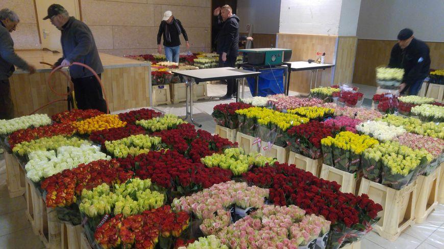 21 000 roses ont été préparées cette semaine au fort de Meroux pour l'opération.