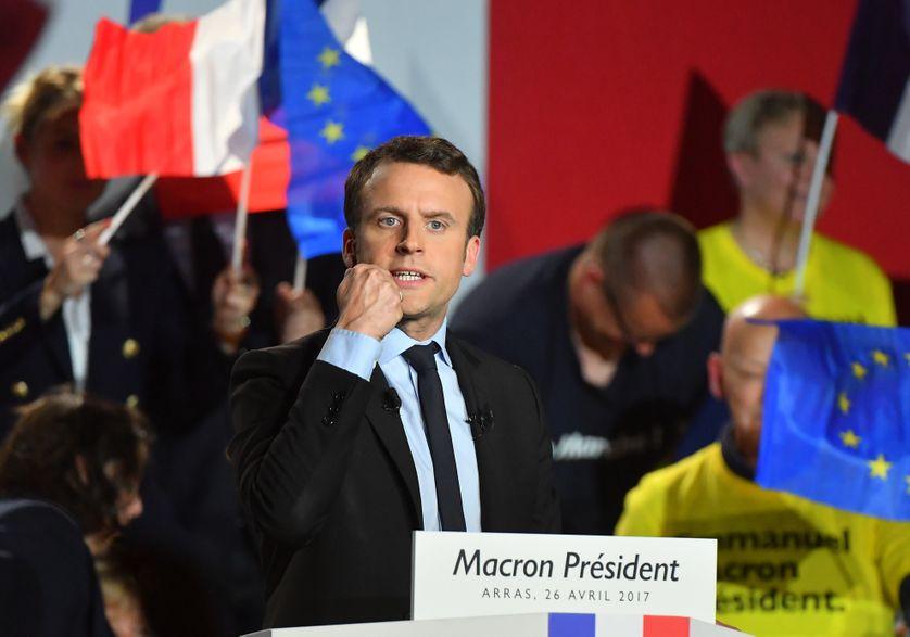 Emmanuel Macron, en meeting, hier à Arras