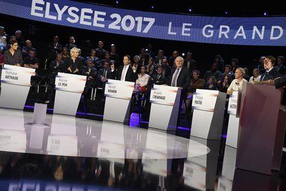 Les candidats à l'éléction présidentielle sont scrutés par les médias étrangers.