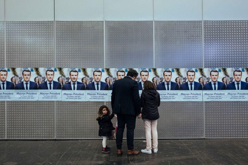 Soirée électorale pour la victoire d'Emmanuel Macron, au parc des expositions de Paris, 23 avril 2017.