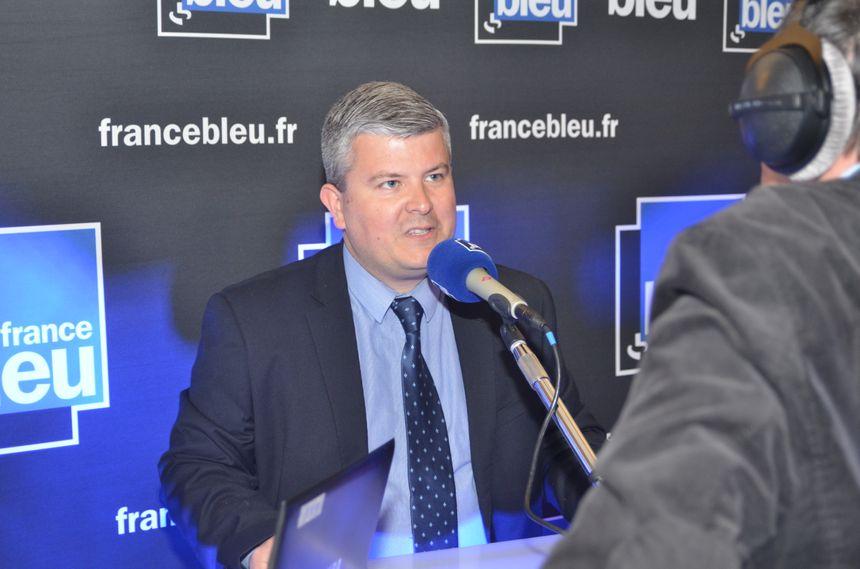 Gabriel De Peyrecave  soutien  de Marine Le Pen