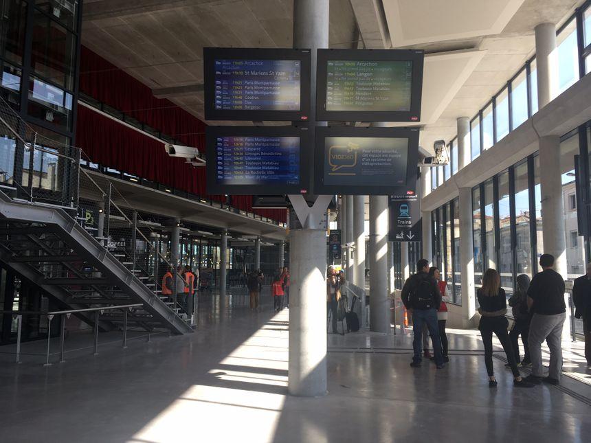 Autre aspect du hall 3 de la gare Saint-Jean